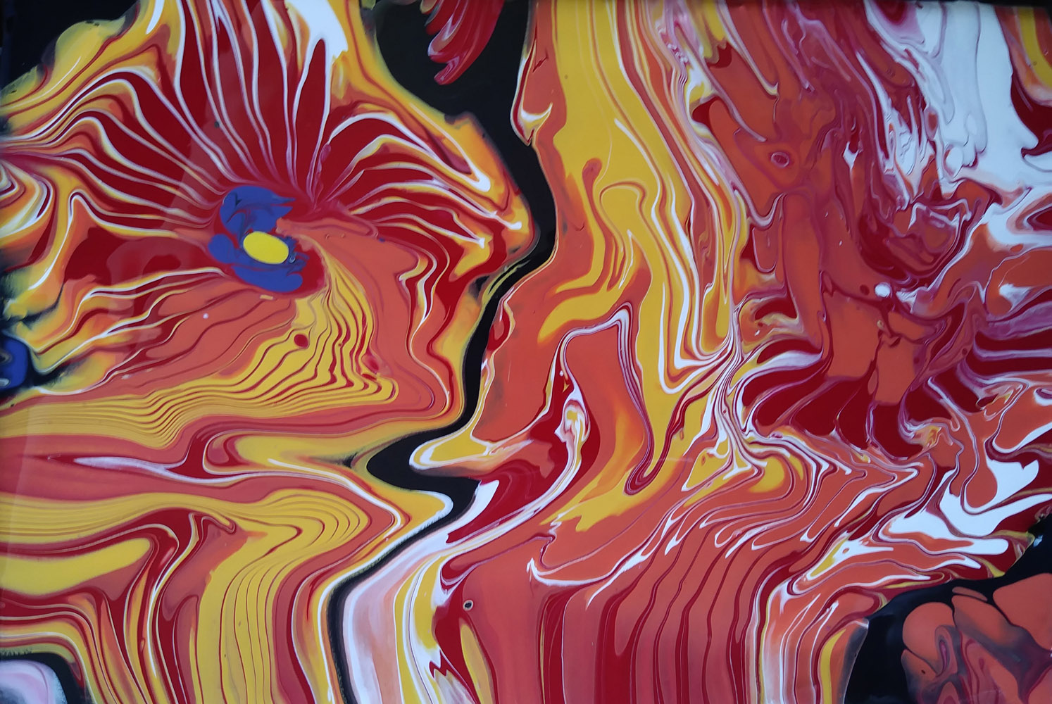 Pintura acrílica fluida, abstracta y conceptual